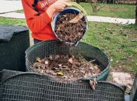 Compost alimentato con nuovo materiale