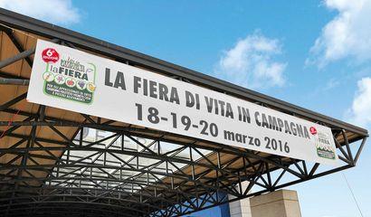 Ingresso Fiera Vita in Campagna Montichiari Brescia Lago di Garda