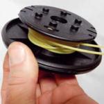 Per la ricarica della bobina i fili