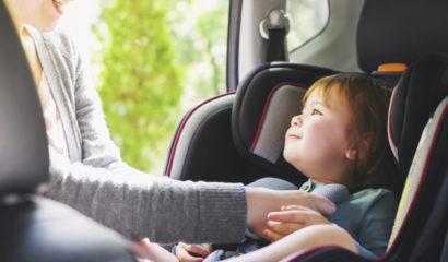 Bambini in auto: la sicurezza è d'obbligo